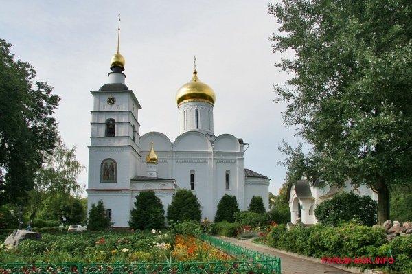 borisoglebskii-muzhskoi-monastyr-dmitrov.jpg