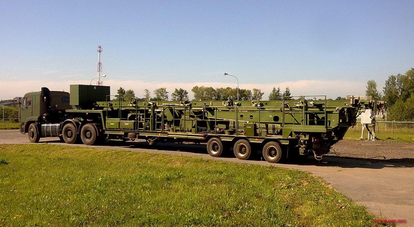 Транспортно-установочная машина противоракет.jpg